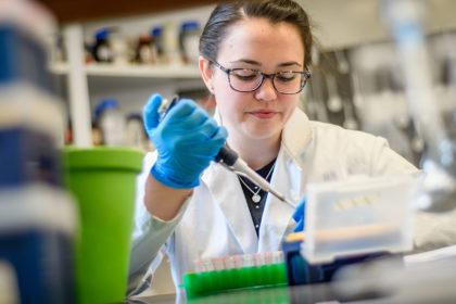 Emily Ladda in the lab